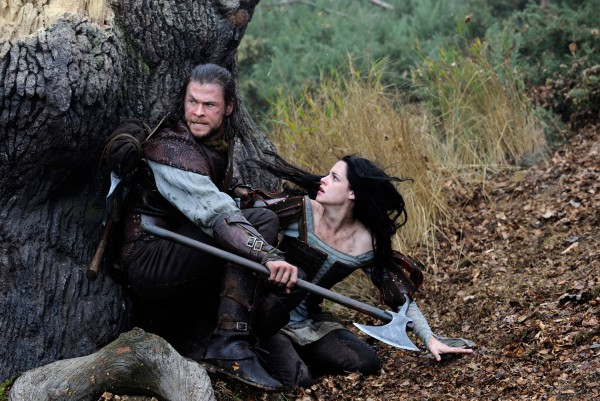 Snow White and the Huntsman Movie Review