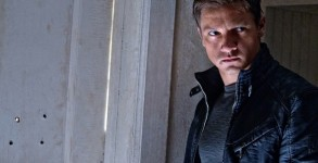 The Bourne Legacy movie review