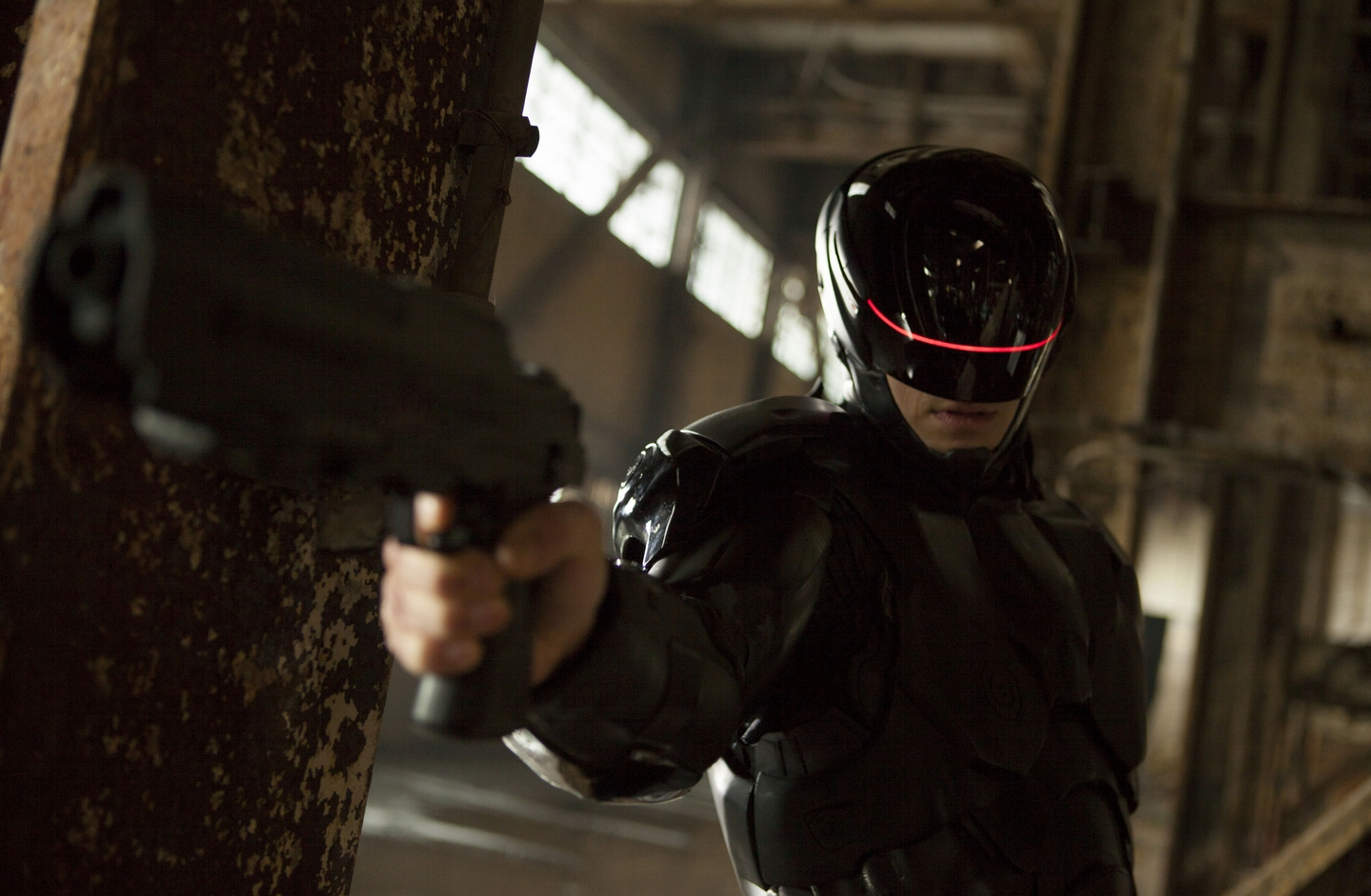 robocop-2014-movie-review