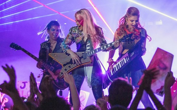 First Trailer for Live-Action 'Jem and the Holograms' Movie
