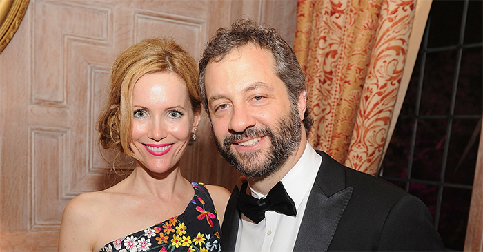 leslie-mann-judd-apatow-drop-out-of-bad-moms-project
