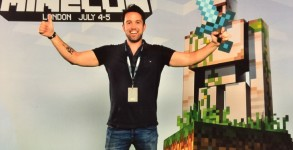 rob-mcelhenney-to-direct-minecraft-movie